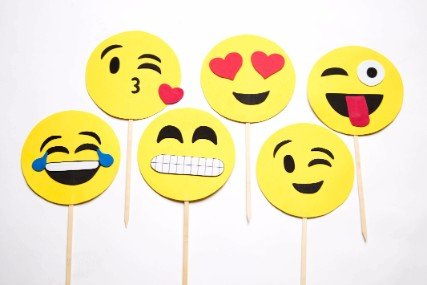 Emoji Sticks