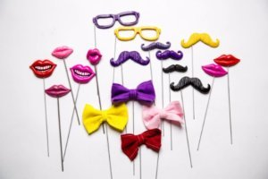Lips Staches & More 1